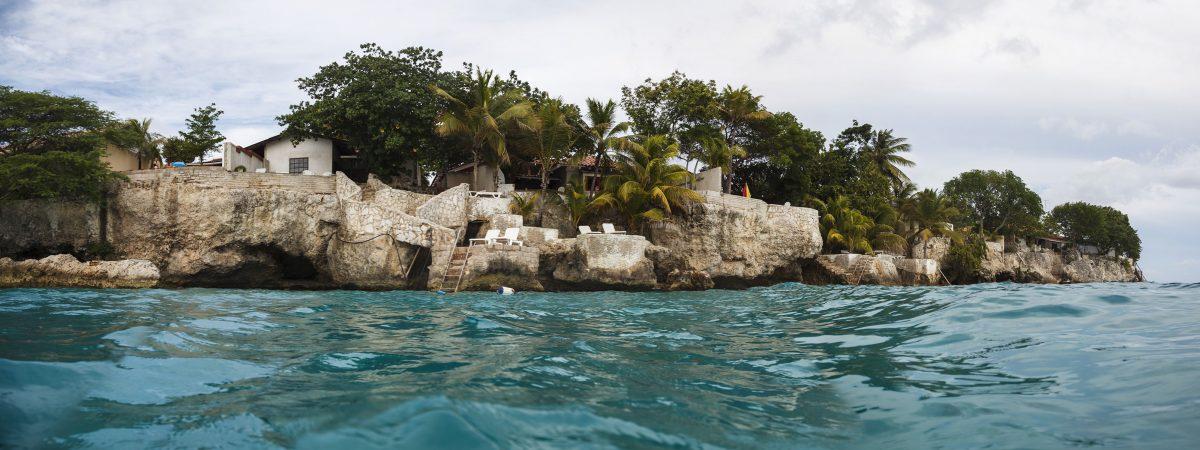 Tauchen Curacao Divers Deutsche Tauchschule Tauchen Tauchurlaub Urlaub entspannen Unterwasser Non Limit Freiheit selbstständig Karibik Strände Beach Sun Reef Village on Sea